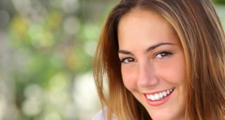 Blanchiment dentaire : les techniques et les risques