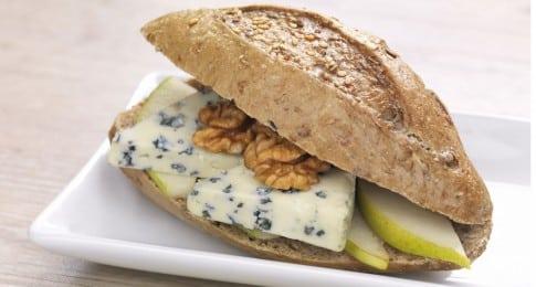 sandwich_roquefort_noix_pomme_68365951_web