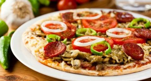pizza_chorizo_poivron_champignons_80621146_web