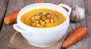 Soupe de carottes et pois chiches